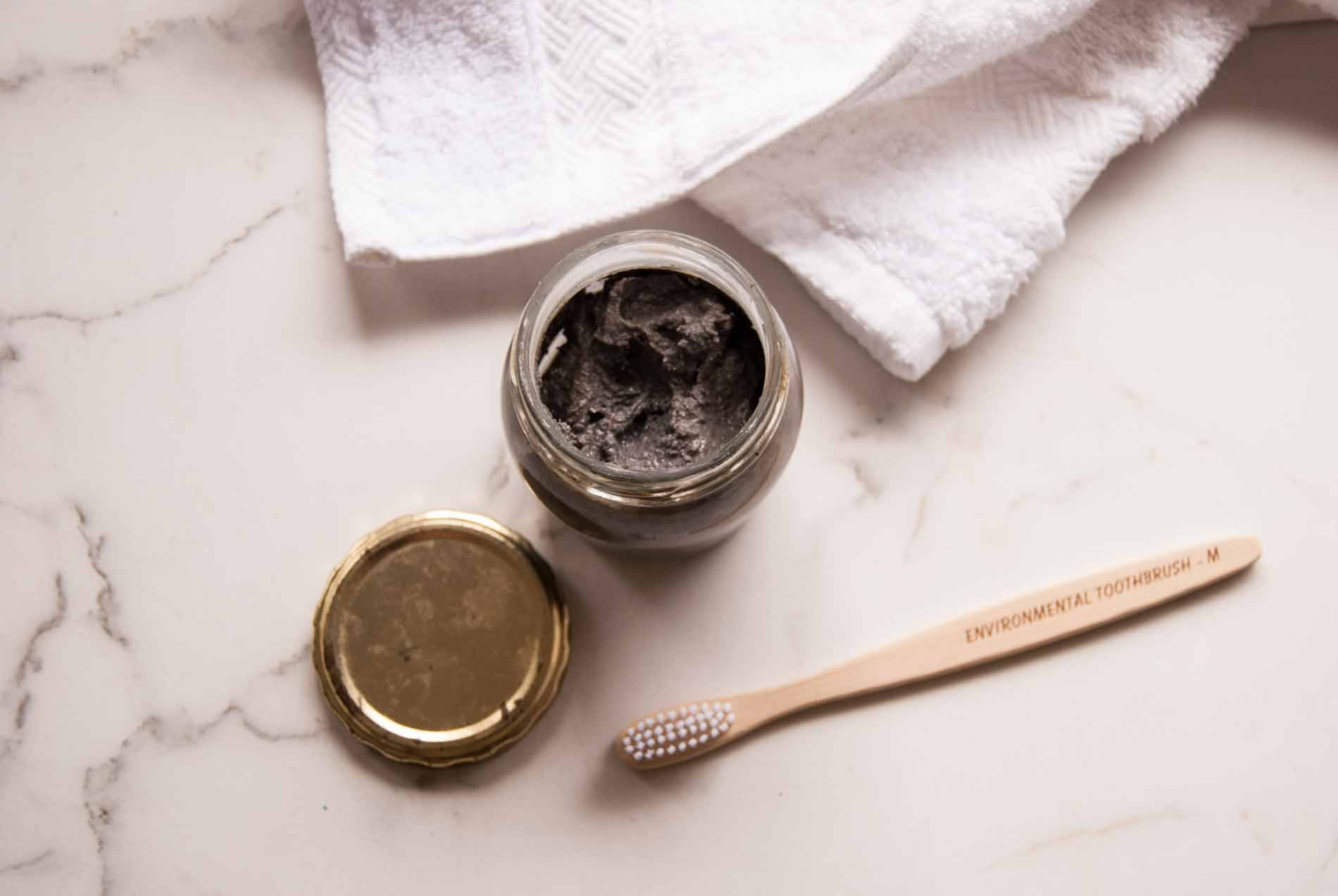 DIY Toothpaste with Faithful to Nature